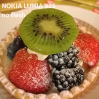 New Nokia Lumia 925 ad makes fun of Apple iPhone 5 commercial