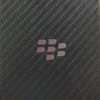 Middle plate for the BlackBerry Z30/A10 leaks, confirms some of the phone's specs