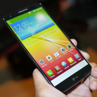 LG G2 hands-on video