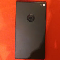 See the Ubuntu Edge in flesh, the smartphone that wants to revolutionize the industry