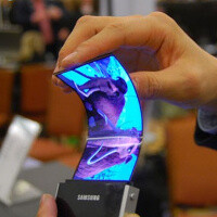 First Samsung and LG mass produced flexible screens to ship in November