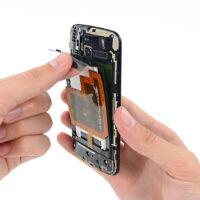 Motorola Moto X gets the teardown treatment and shows off the X8 SoC