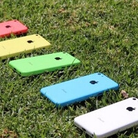 Video shows Apple iPhone 5C shells in five delicious colors