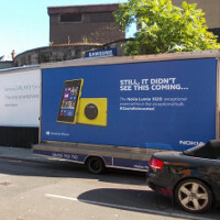 Nokia makes fun of Samsung Galaxy S4 Zoom with perfectly placed mobile ad