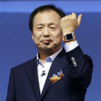 Samsung to offer 70 apps for its Gear smartwatch, a dozen are on the way