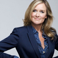 Apple has found its new retail chief, hires Burberry chief executive