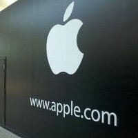 Apple iPad owners trade-in their current slates prior to unveiling of new models