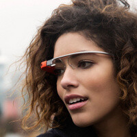 Google Glass firmware spills new features: voice commands, music controls and blink detection