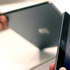 Apple's new tablets snapped again, along with the iPad 5 thinner display assembly
