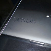 Images of Nexus 5 2300mAh battery leak