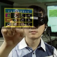 Wearable prototype goes a step beyond Google Glass