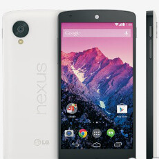More images of the Nexus 5 for Sprint appear, including the white version