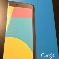 Nexus 5 appears in the flesh: images pour from around the globe, along with Android KitKat features