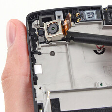 Nexus 5 teardown marks nice 8/10 repairability score, just don't drop it face down