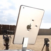 Apple iPad mini with Retina display takes on an MP7, and loses