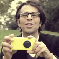 Nokia France promotes Nokia Lumia 1020 as the 'shoot first, zoom later' phone