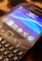 BlackBerry Gemini 8520 features new optical trackball for navigation