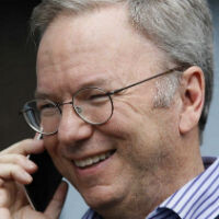 Google's Eric Schmidt gives you the how-to for switching from iPhone to Android