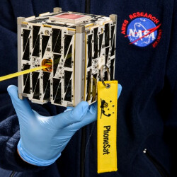 NASA sends another cheap Android-powered satellite in space, makes it dial home