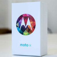 Motorola Holiday Deal take two begins today at 12PM EST