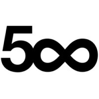 500px update for iOS 7 matches Apple's UI, introduces image metadata editing