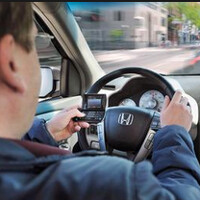 Study says texting and dialing while driving causes crashes; talking while driving is okay
