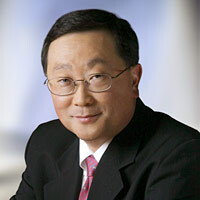 "John Chen says BlackBerry has to win ""the regulated industry"" first, consumers later"