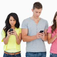 Shouldn't be a surprise: smartphones make you more social, not less
