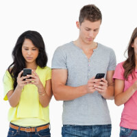 Shouldn't be a surprise: smartphones make you more social, not less