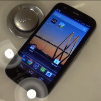 The Moto G goes through a 30-minute underwater session, lives to see another day