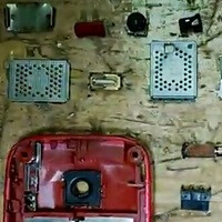Nokia gives us a video break down the recycled content from several mobile phones