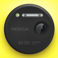 What is lossless zoom and how does it work in the Lumia 1020 and Xperia Z1?