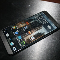 New pictures of HTC M8 appear