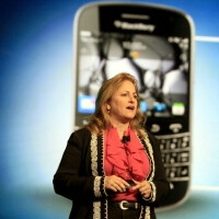 Former BlackBerry CIO Robin Bienfait to handle innovations at Samsung Communications USA?