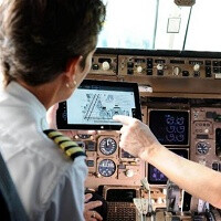 Microsoft Surface 2 gets FAA authorization to be used to replace pilots' flight bag