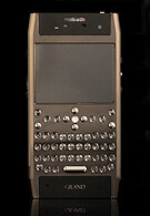 Mobiado's first QWERTY phone
