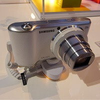 Samsung Galaxy Camera 2 available mid-March, $449.99