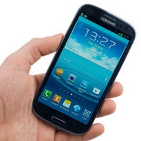 Android 4.4 KitKat not coming to non-LTE Samsung Galaxy S III and S III Mini?