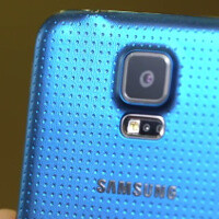 Samsung posts its own, official Galaxy S5 hands-on first look video