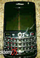 BlackBerry Storm 2 and Onyx photo leak
