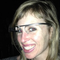 Woman says she was attacked and robbed outside San Francisco bar for wearing Google Glass