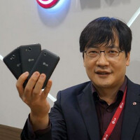LG executive knocks Apple and HTC while revealing a new line of metal phones