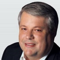 Apple CFO Peter Oppenheimer to retire in September, VP of Finance Luca Maestri takes his place