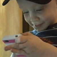 Facetime enables 2-year-old to help save mom from dog attack