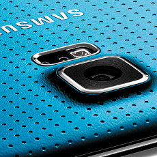 Galaxy S5 camera sports new, six-lens optics, and Samsung has trouble producing it