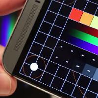 HTC One (M8) vs Sony Xperia Z2 screen comparison video