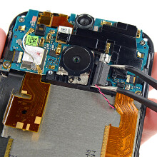 HTC One (M8) teardown praises the aluminum chassis, still gives it 2/10 repairability score