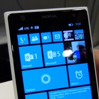 Video of three column support on older devices with Windows Phone 8.1