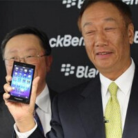 BlackBerry Z3 appears in photo with the BlackBerry Z10 and BlackBerry Z30
