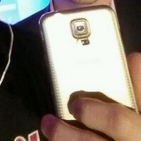 Samsung throws in its two cents, sends T-Mobile's CEO a Gold Samsung Galaxy S5